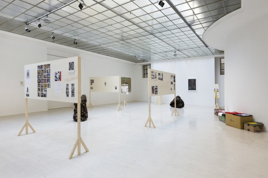 Scenes of the Crimes, Ausstellungsansicht, courtesy Georg Kargl Fine Arts, Foto © Matthias Bildstein
