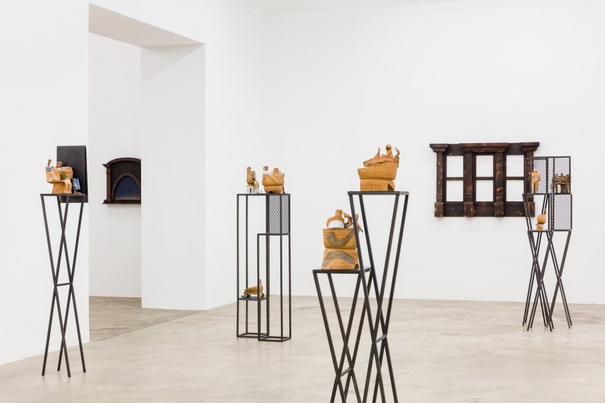 Irina Lotarevich & Anna Schachinger, Pensive State, 2019, Ausstellungsansicht, Sophie Tappeiner, Wien | Copyright: kunst-dokumentation.com, Courtesy: the artists and Sophie Tappeiner