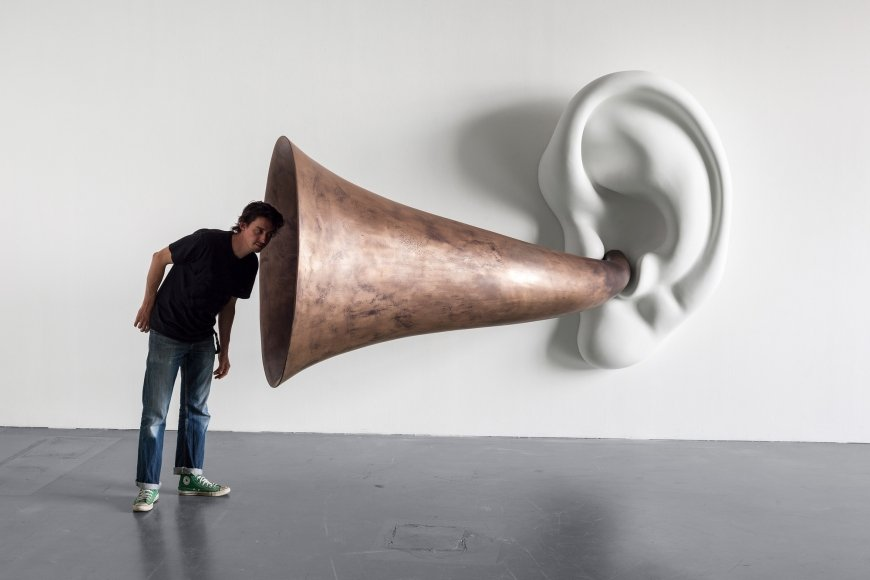 John Baldessari Beethoven's Trumpet (with Ear) Opus # 133, 2007, Photo Timo Ohler © John Baldessari; Courtesy of the artist, Sprüth Magers and Beyer Projects