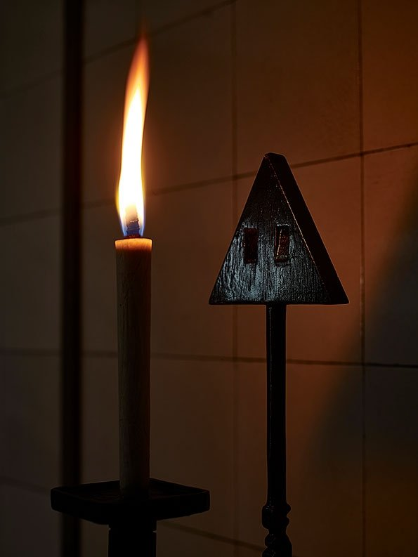 Kenji Ide, Triangle - candle stand, 2019, wax and wood