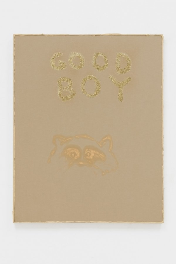 Philipp Timischl, GOOD BOY (Brown, Naples, Yellow, Gold), 2019, Canvas on wooden board, oil, glitter, 100 x 70 x  5 cm | Courtesy: Galerie Emanuel Layr, Vienna/Rome