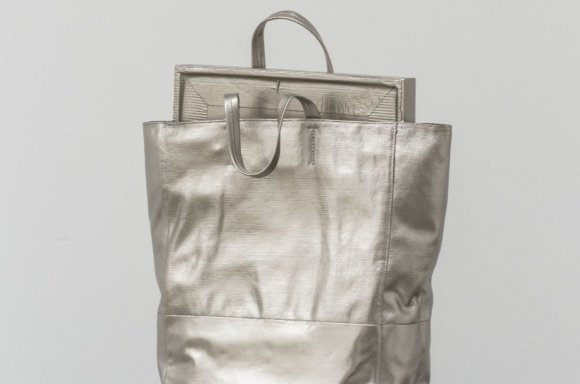 Silvie Fleury, Celine bag, 2017, Bronze, palladium leaves, 44 x 33 x 15 cm (17.3 x 13 x 5.9 in), Ed. 2 of 8 + 2AP | Courtesy Thaddaeus Ropac, Salzburg/Paris